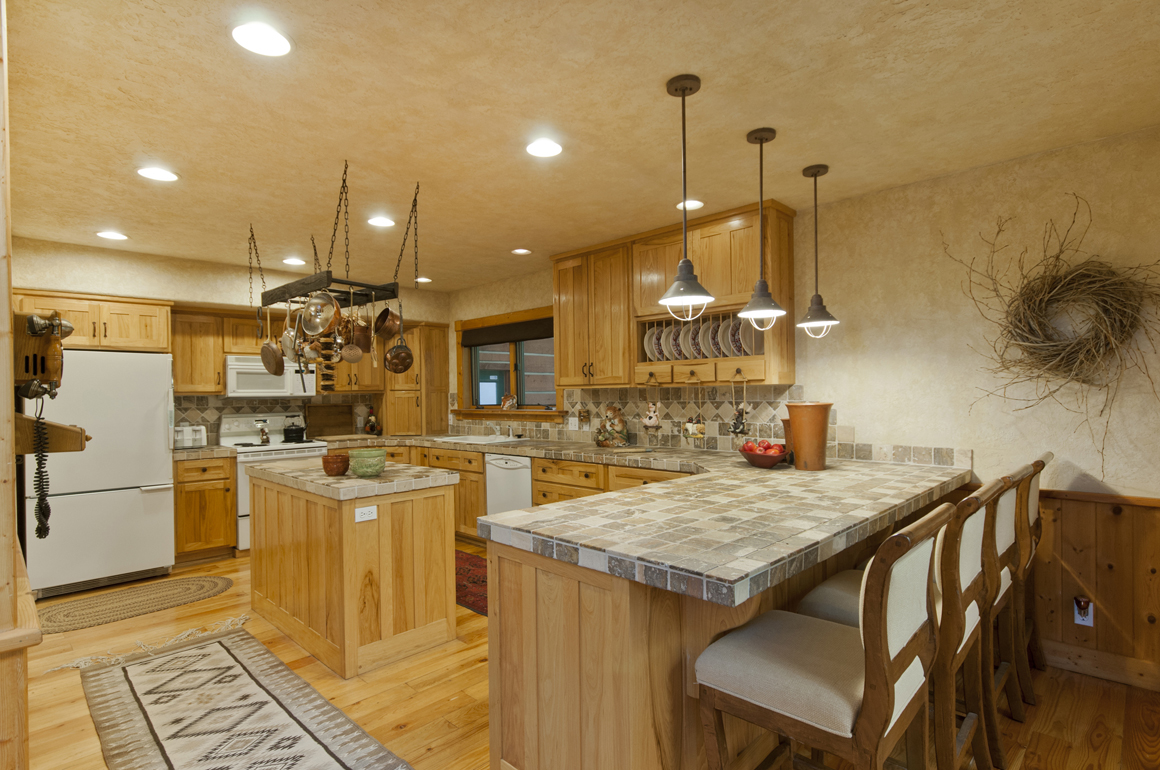 Large Cabin Kitchen